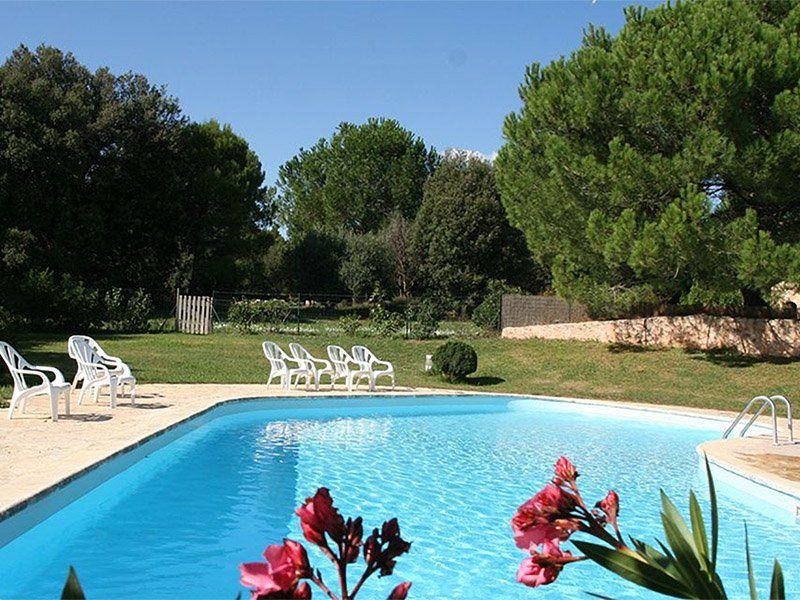 Jardin-de-Vies-piscine