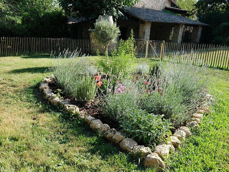 Jardin-de-Vies-Heart-Garden-3467